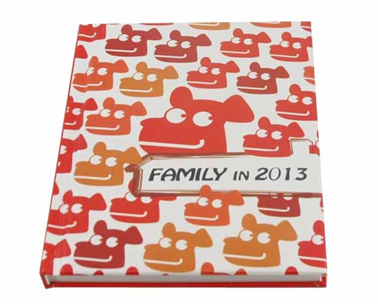 Family in 2013 卡通類書本紙張記事本